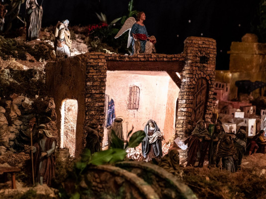 More and more Nativity scenes!