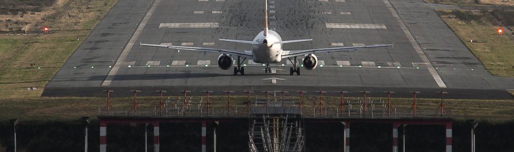 El aeropuerto de Santiago roza los 100.000 pasajeros en sus conexiones internacionales hasta abril