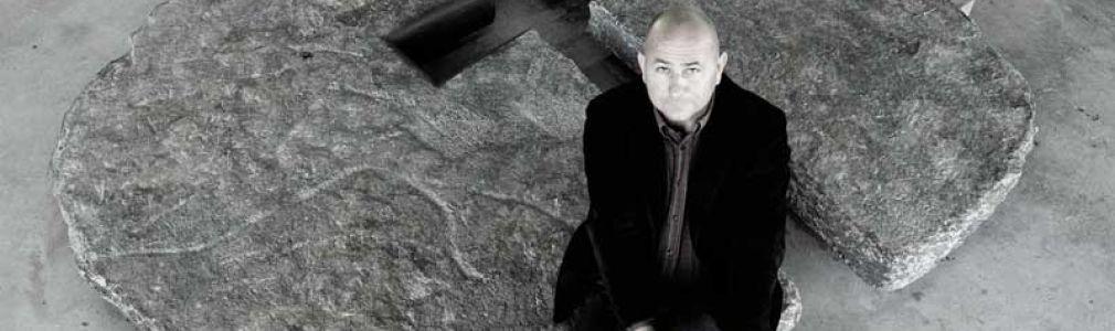 Manolo Paz: 'A Pedra e o Home: Reflexos'