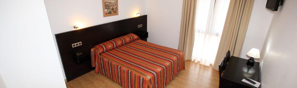 Hotel Amenal 4