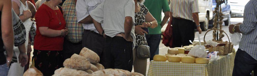 "Sunday Market and ""Feria Grande"""
