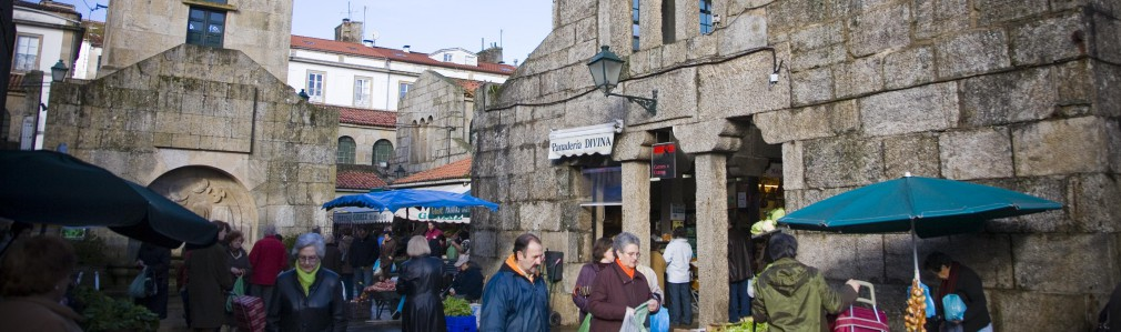 Shopping in: Food Market (Old Town)