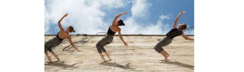 'Uno' (danza vertical)