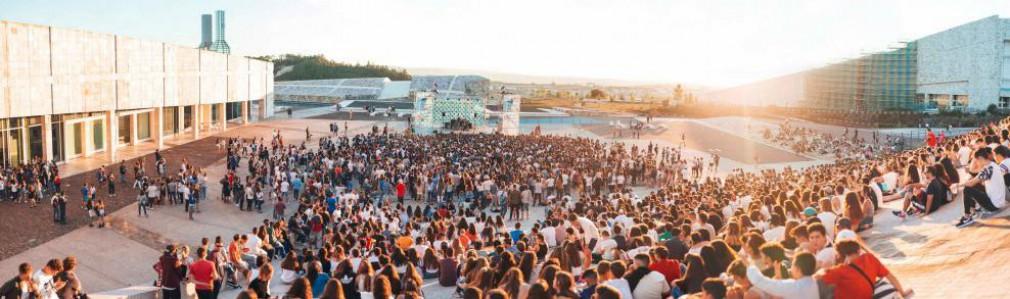 Atardecer no Gaiás 2018: Rodrigo Cuevas