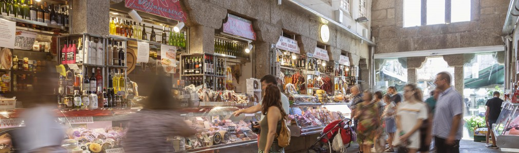 "5. ""Mercado de Abastos,"" the cathedral of flavours"