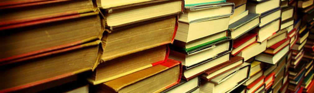 'Libro por libro'