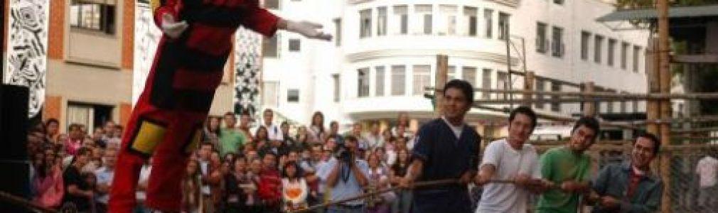 Festival dos Abrazos: Compañía de Teatro Gestual de Chile