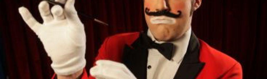 Cayetano Lledó: 'Máxico Circus Cabaret. O Cabaret dos números descartados'