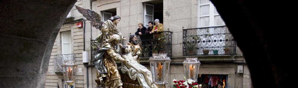 "Procession of ""Los Hermanos"""