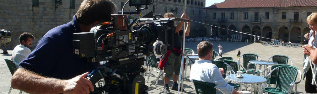 Turismo de Santiago promociona la ciudad como plató de cine en Sevilla